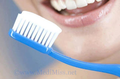 Brushing Too Soon After Meals May Damage Your Teeth