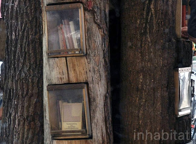 It became so popular that it was originally supposed to only remain in its place from 2006 to 2008, and still stands today. - A Neighborhood In Germany Has An Awesome Book Exchange Inside Of Trees