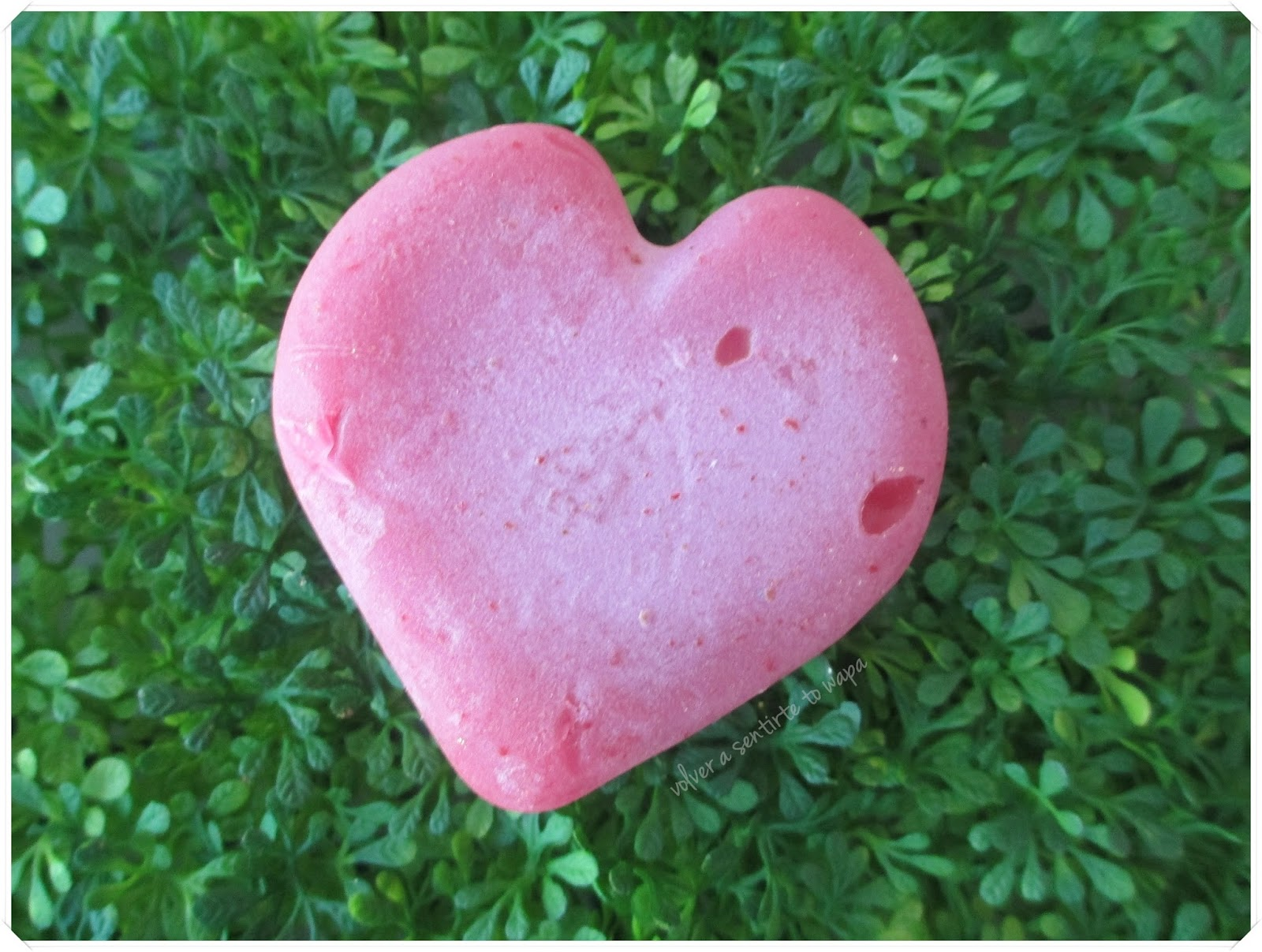 LOTS OF LOVE de LUSH - Jabón Cupid's Love
