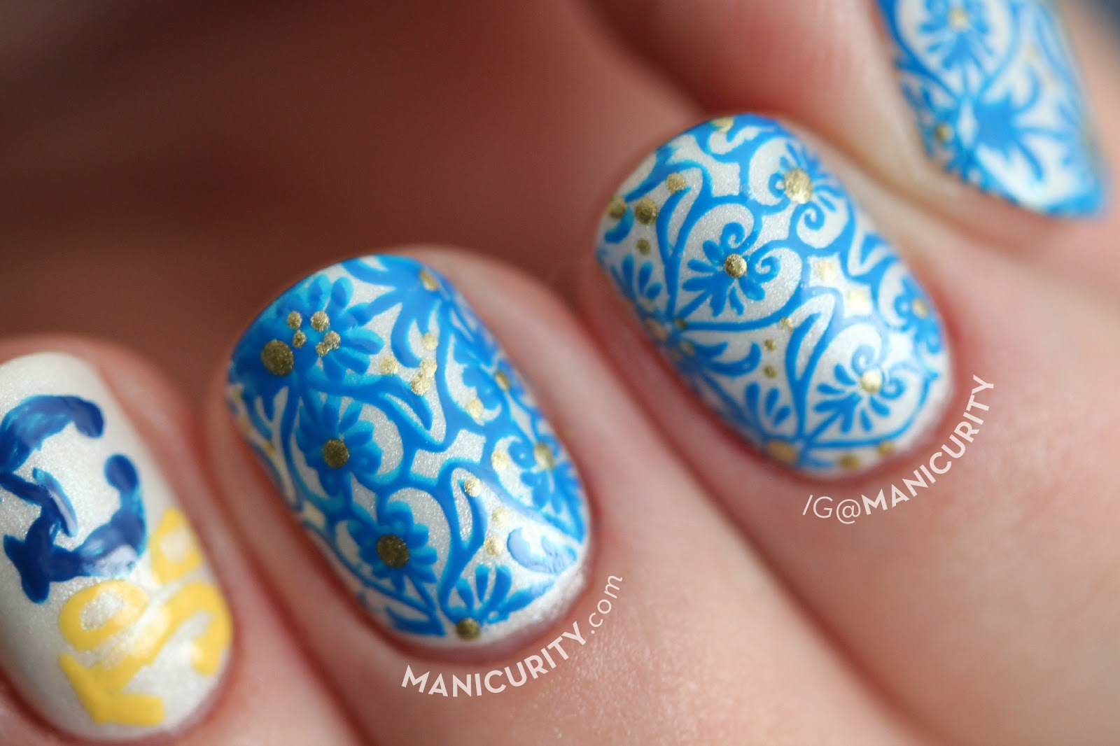 The Digit-al Dozen does Brands: 100 Montaditos stamping and freehand nail art | Manicurity.com