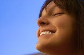 عادات يجب ان تتخلى عنها لتكون سعيدا في حياتك