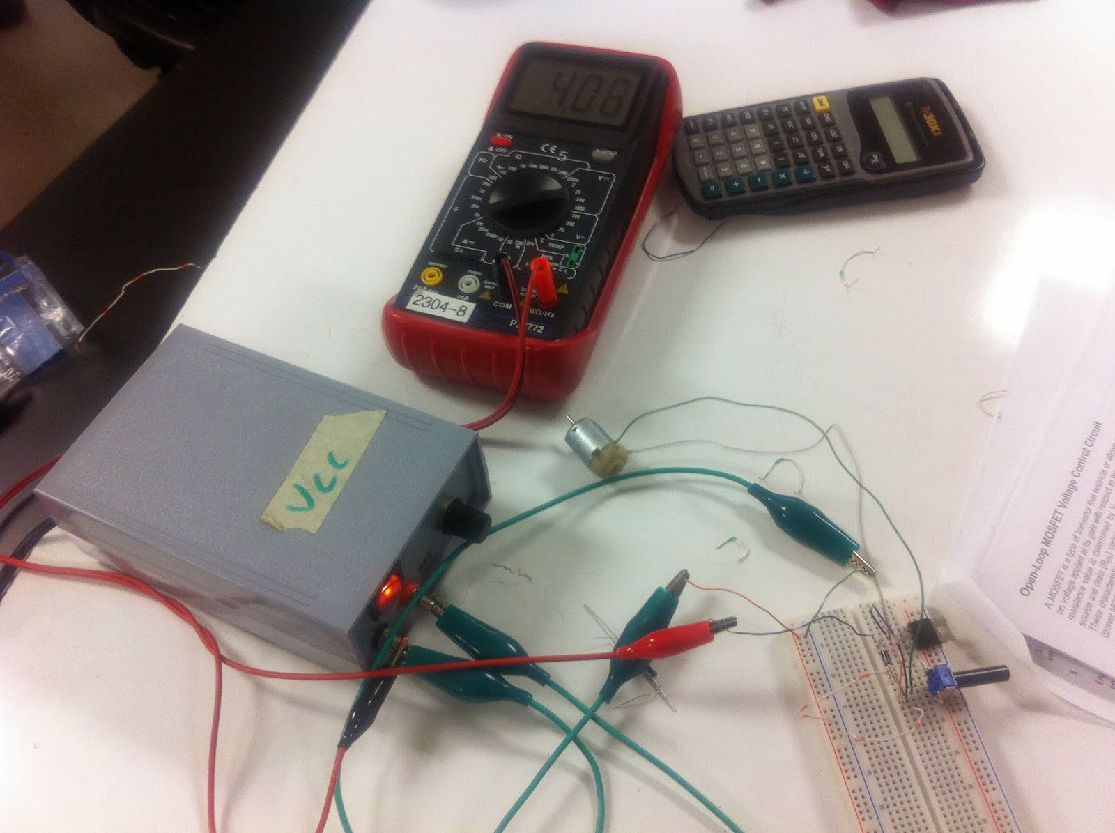 Experiment 14 Mosfet Control Of An Electric Motor Engineering 44 Speed Controller Circuit Electronic How To Connect The A Frequecy Generator Was Connected Change Rotation