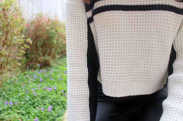 outfits fashion bloggers black and white jumpers