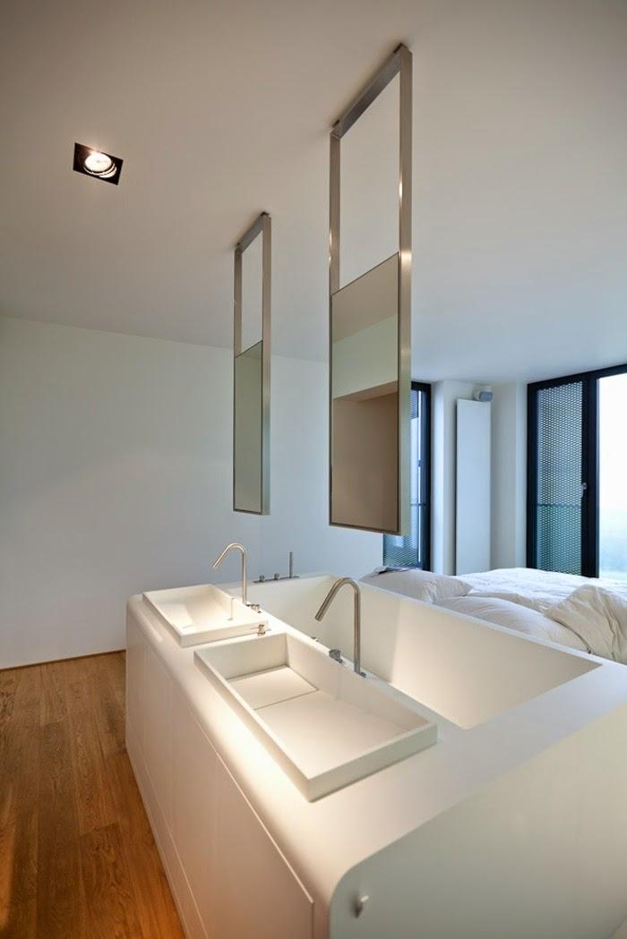 White bath design