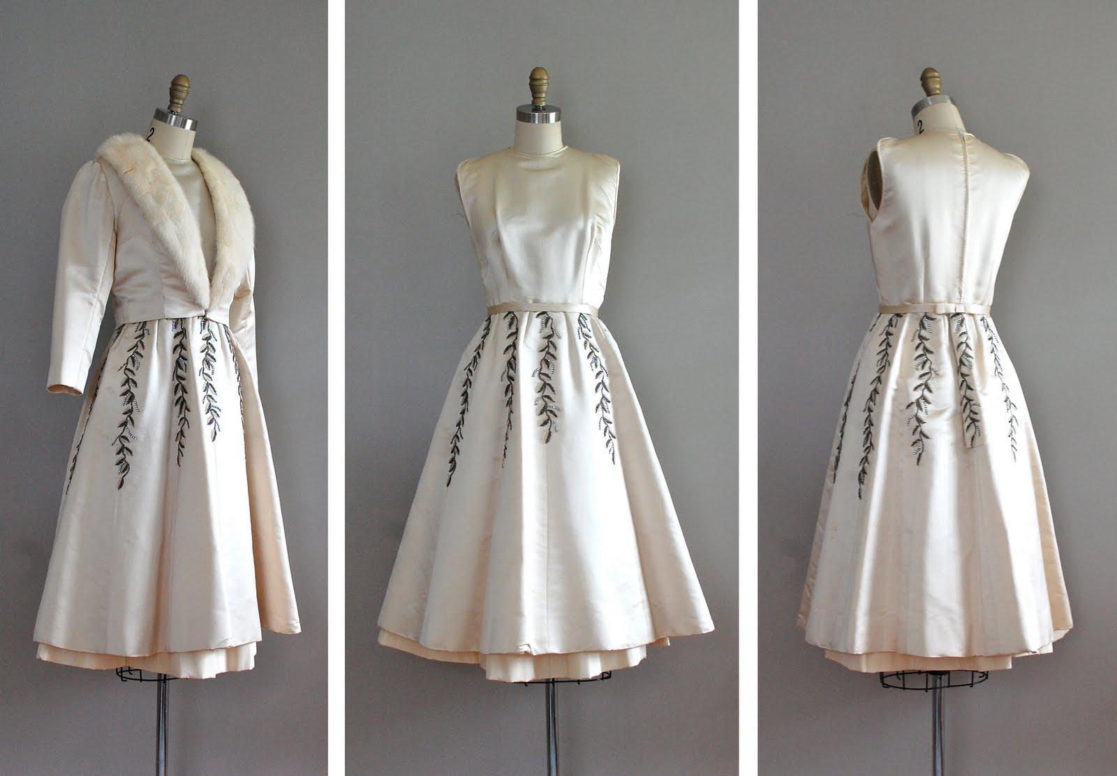 2014 wholesale white strapless beading satin court train beach bridal gown
