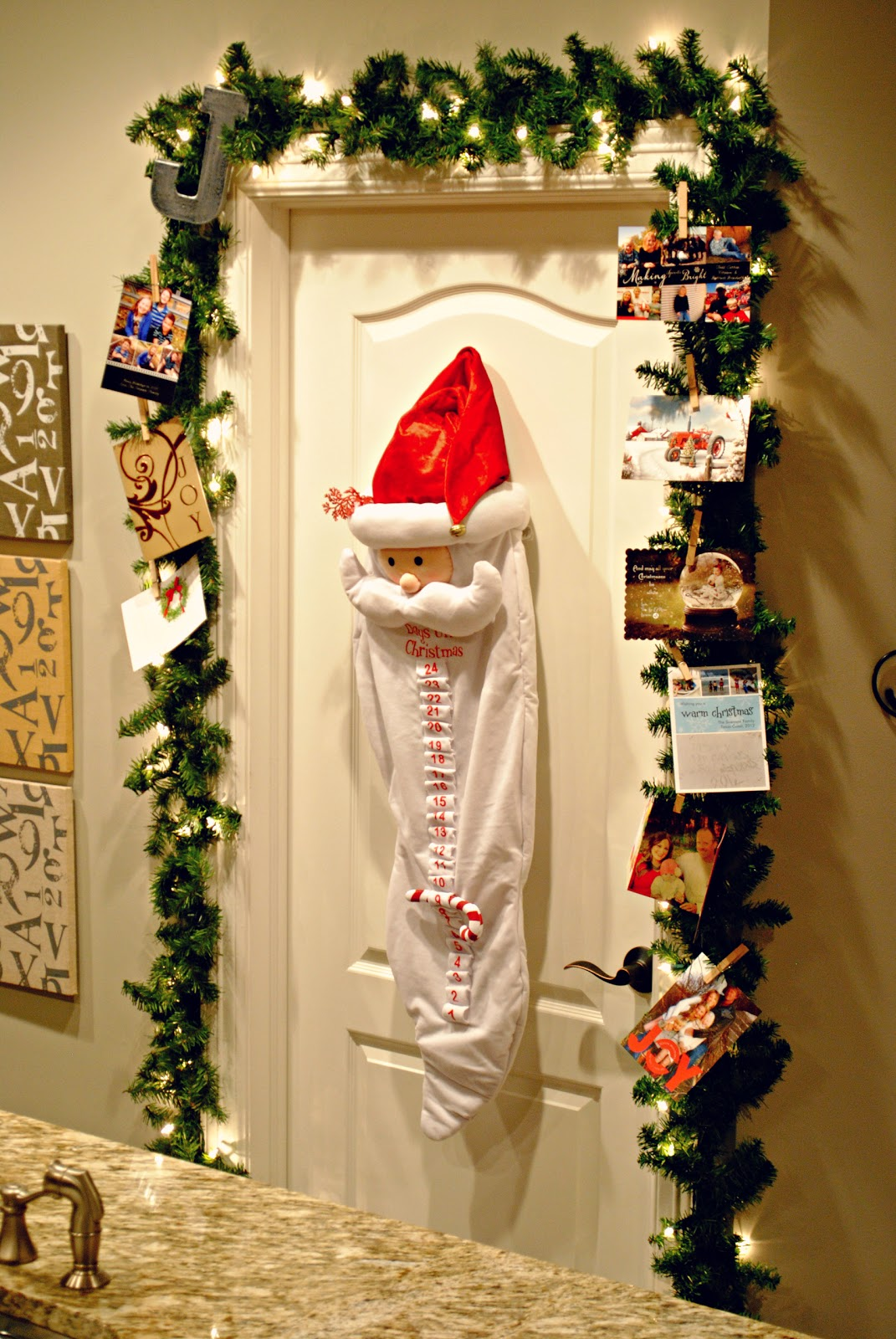 Just the Jensen Family: DIY Garland Christmas Card Holder