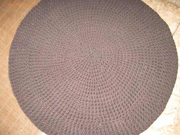 Alfombra redonda trapillo aprender manualidades es - Como hacer alfombras de trapillo redondas ...
