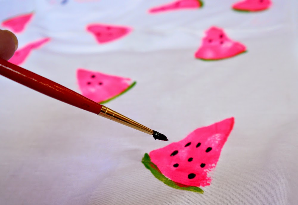 DIY, handmade, stamp, summer, watermelon, tropical, t shirt, easy, step by step, how to