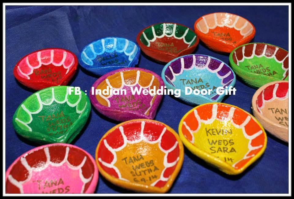 Indian Wedding Door Gift Glossy Agal Vilaku With Bride And Groom Name