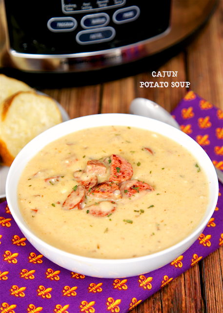 Slow Cooker Cajun Potato Soup - easy potato soup jazzed up with cajun ...