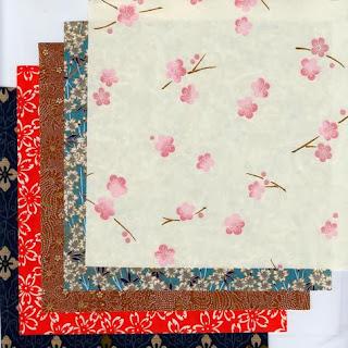 http://www.monuniverspapier.fr/kit-papier-/545-kit-12-papier-japonais-pour-l-origami.html