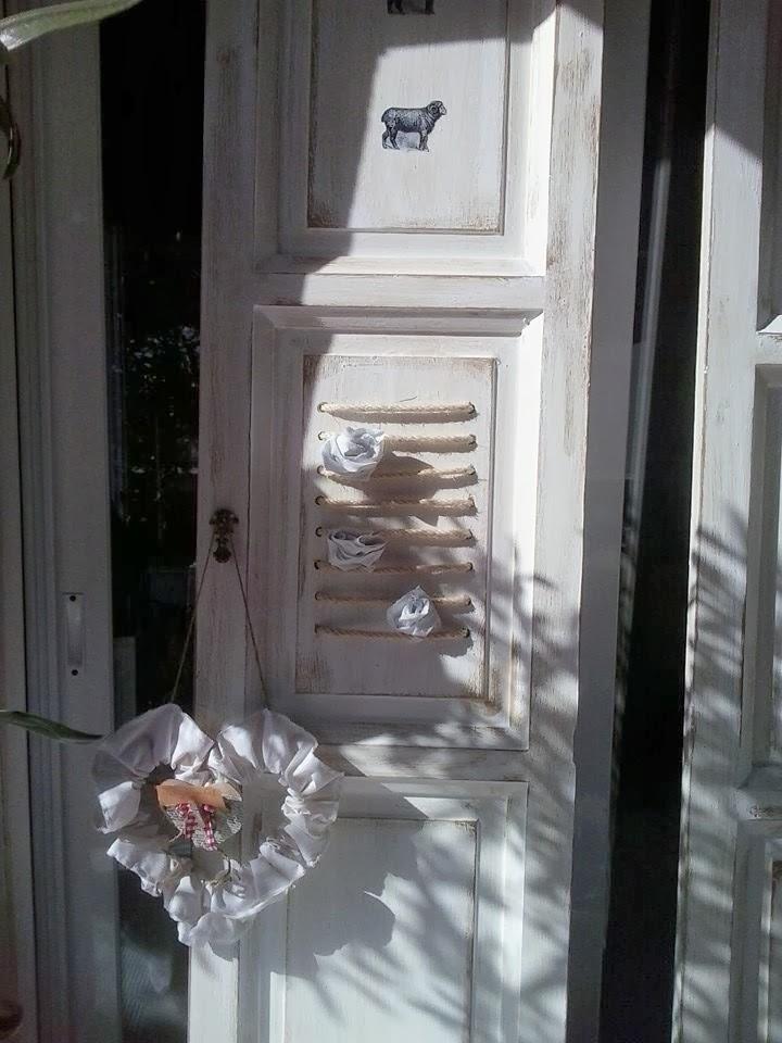 Aserr n aserr n puertas recicladas para un cabecero for Puertas recicladas