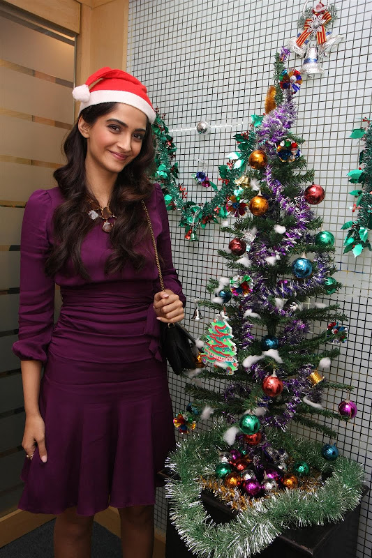 Sonam Kapoor Photoshoot for Christmas Event event pictures