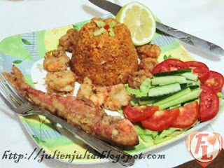 Egyptian Sayadiyah: Fried Fish & Shrimp with Rice أرز صيادية السمك والجمبري المقلي