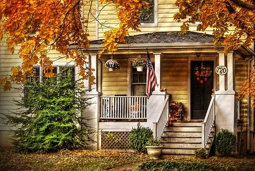 automne-usa-etats-unis-amerique-decoration-ambiance-halloween-autmn-fall-porche.jpg