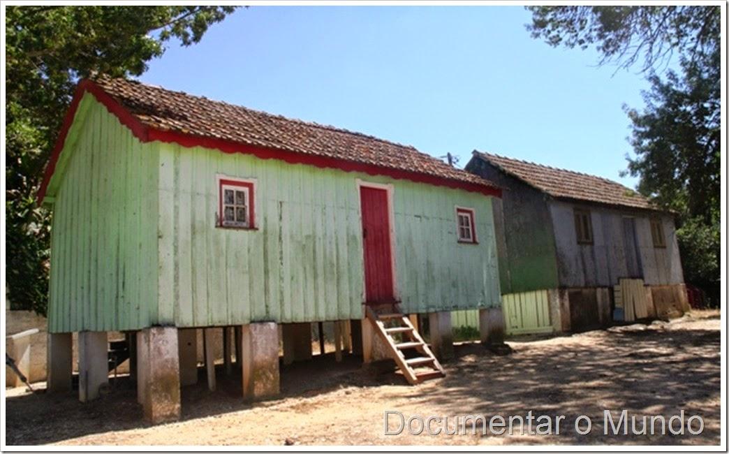 Casa Avieira; Escaroupim