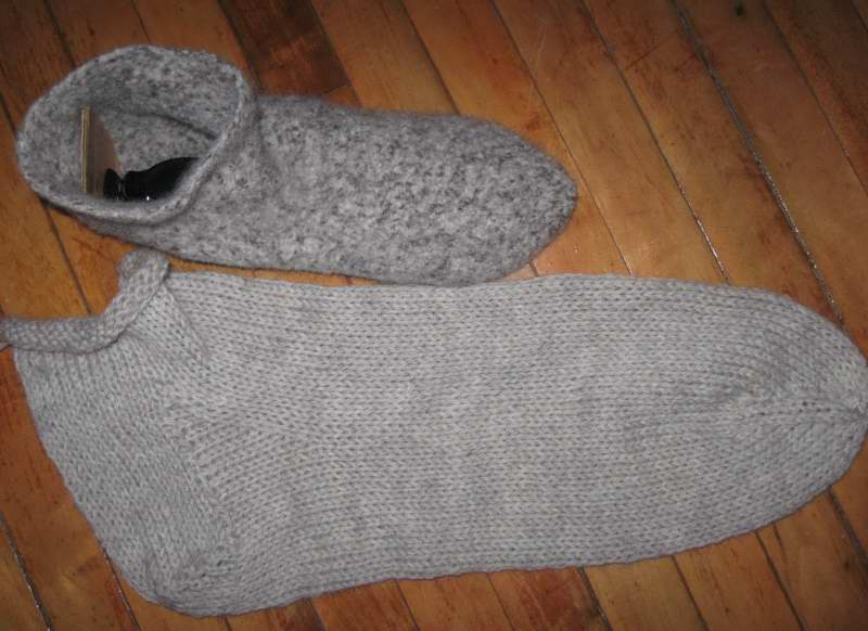 Maine Made Mostly Knitted Slipper Pattern For Real Men