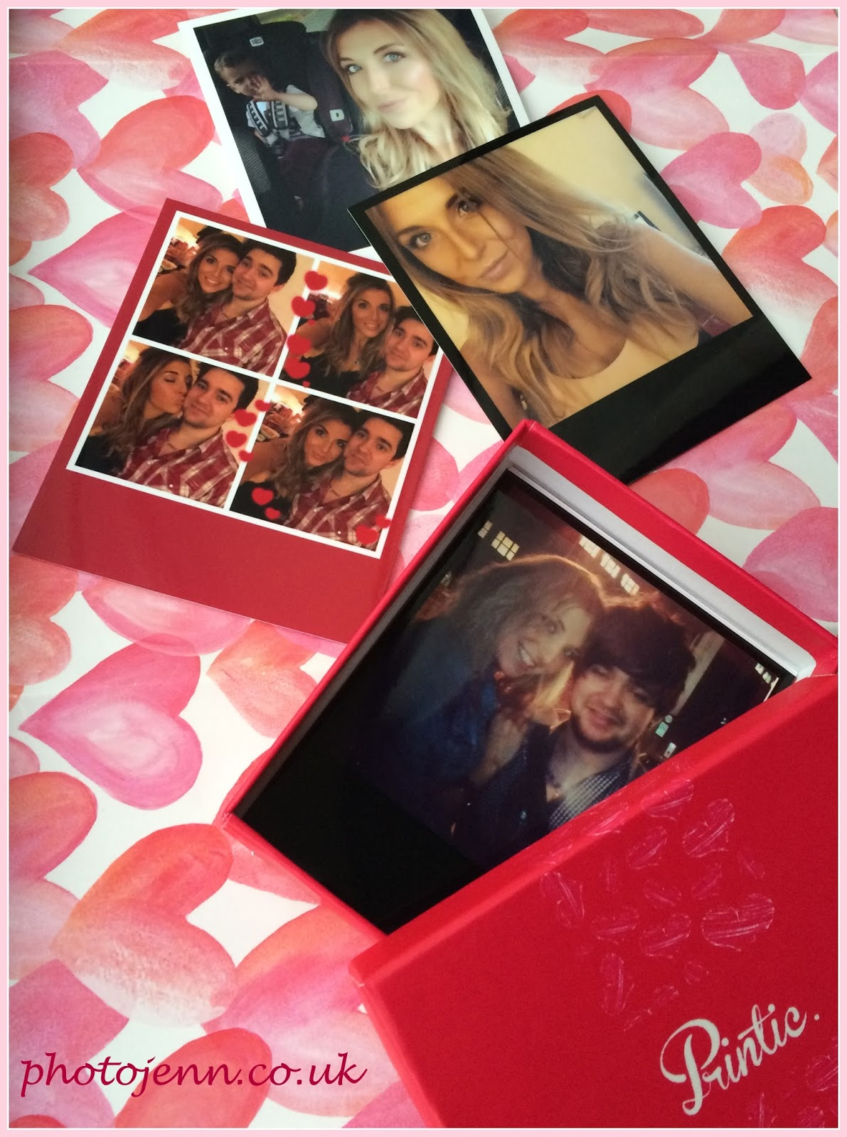 printic-app-valentine's-printed-instagram-photo-box