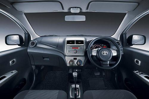 Gambar Interior Daihatsu Ayla
