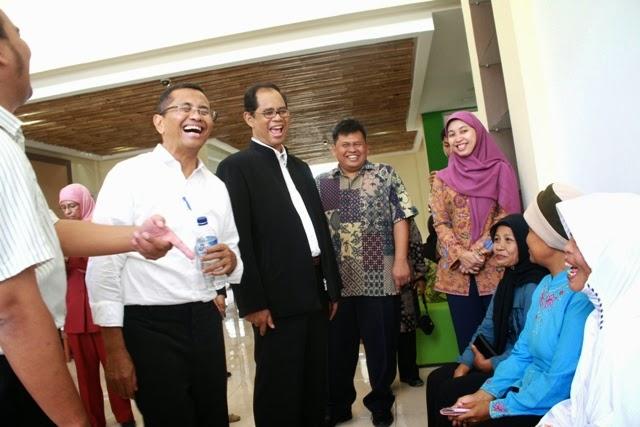 Kunjungan Menteri BUMN Bp Dahlan Iskan di RST Desa Jampang