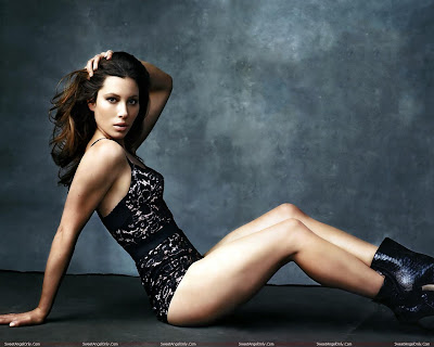 jessica_biel_hot_wallpaper_05_sweetangelonly.com