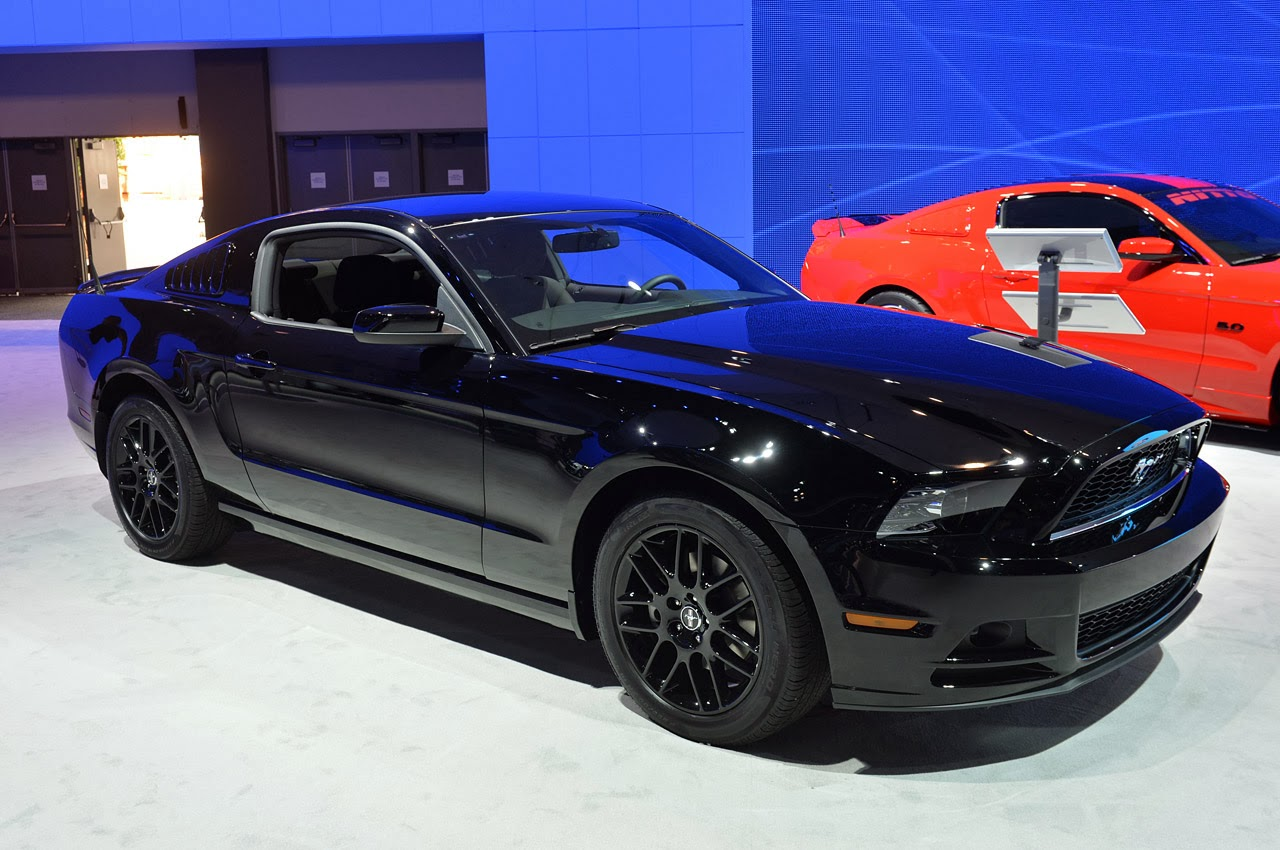 new cars son 2014 ford mustang. Black Bedroom Furniture Sets. Home Design Ideas