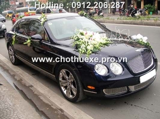 cho thue xe cuoi bentley flying spur