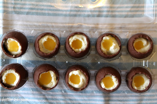Chocolate Easter Eggs with Cheese Cake filling