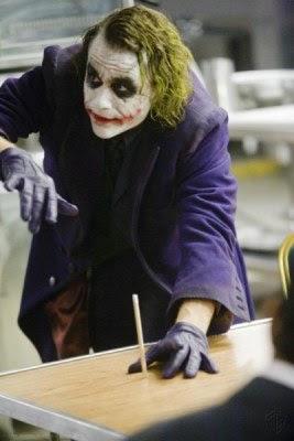 the+joker%27s+magic+trick.jpg