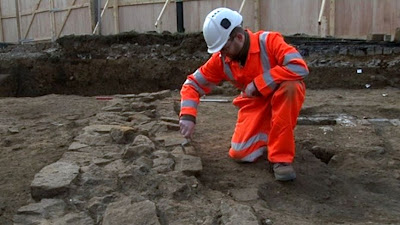 Northampton Castle dig reveals Saxon past