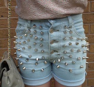 Sammi Jackson DIY bleach studded shorts / Rihanna studded shorts
