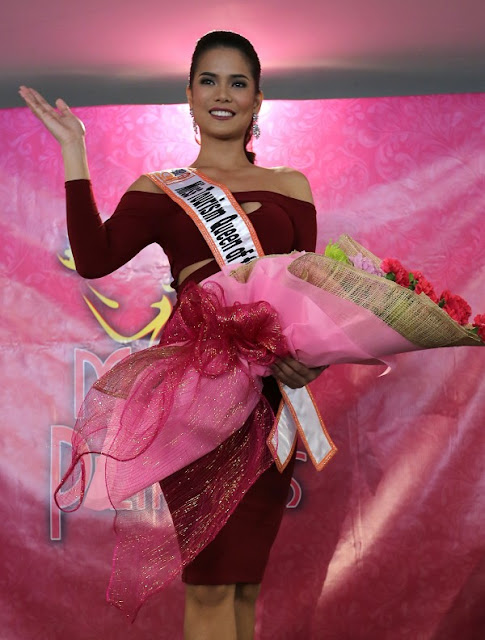 Leren Bautista wins Miss Tourism Queen of the Year International 2015 in Malaysia