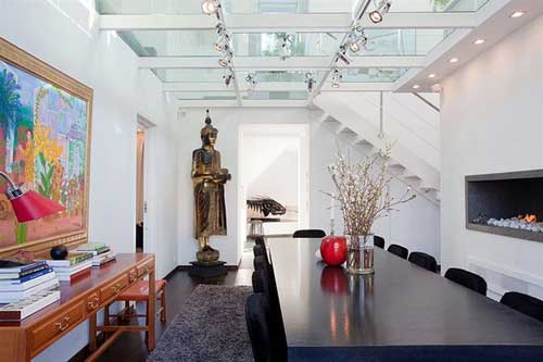 Kính nghệ thuật tạo điểm nhấn tinh tế cho không gian nhà bạn