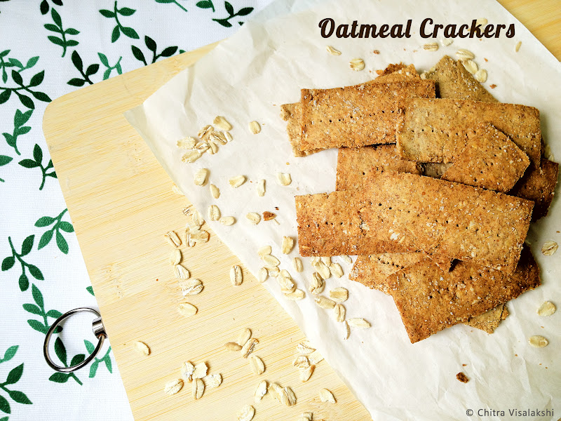 From my kitchen...: Oatmeal Crackers