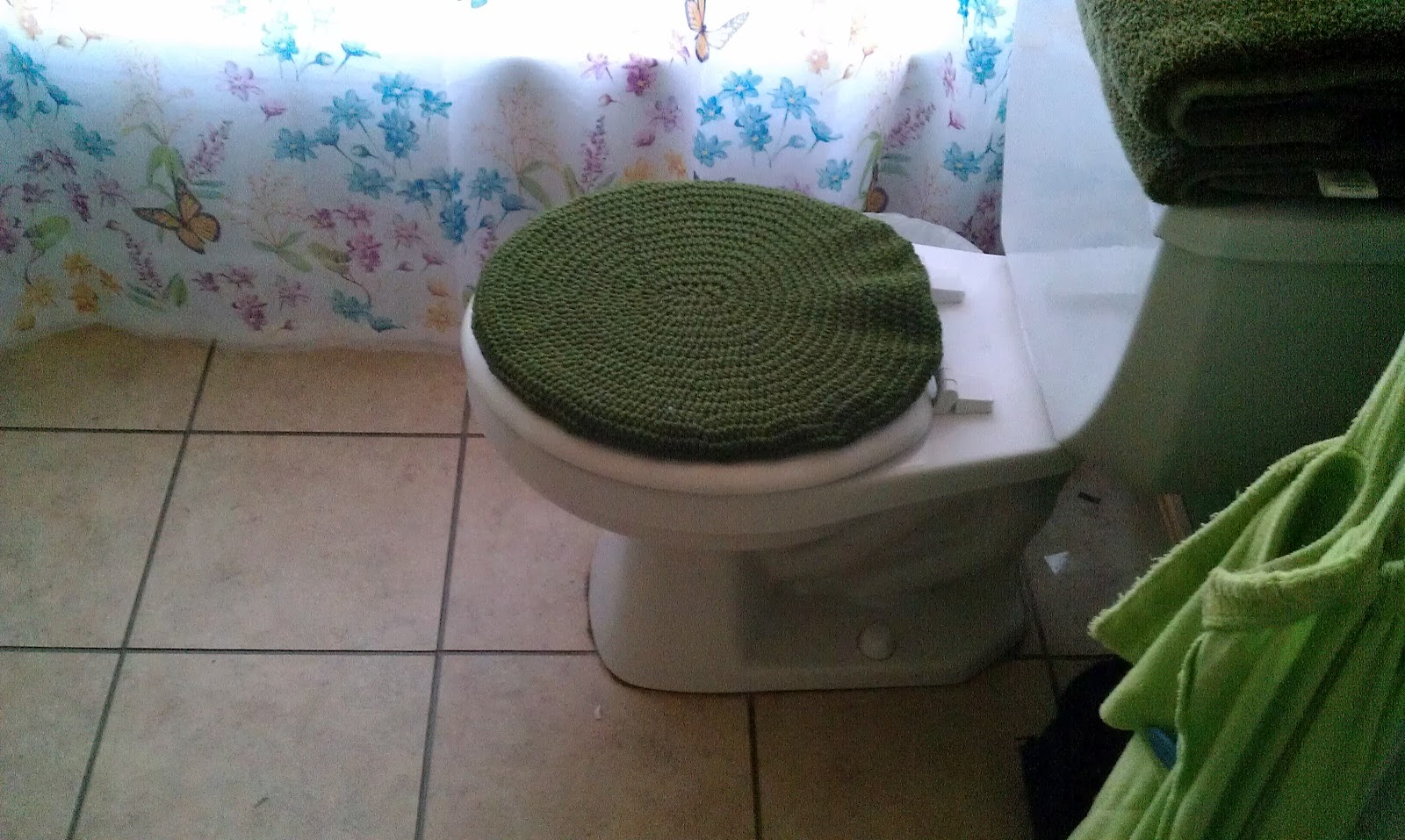 The Messy Crafter Toilet Seat Cover Crochet Pattern