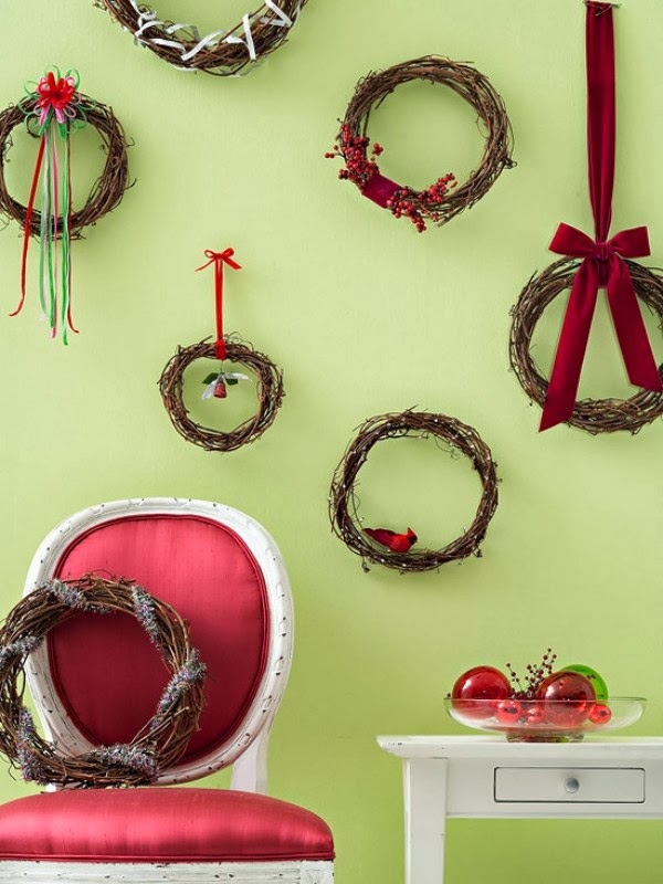 Decorating Ideas > Christmas Wall Decoration Ideas – Nice And Easy Family  ~ 110557_Christmas Decorations Ideas Wall