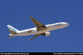 Boeing 777 CS-TFM
