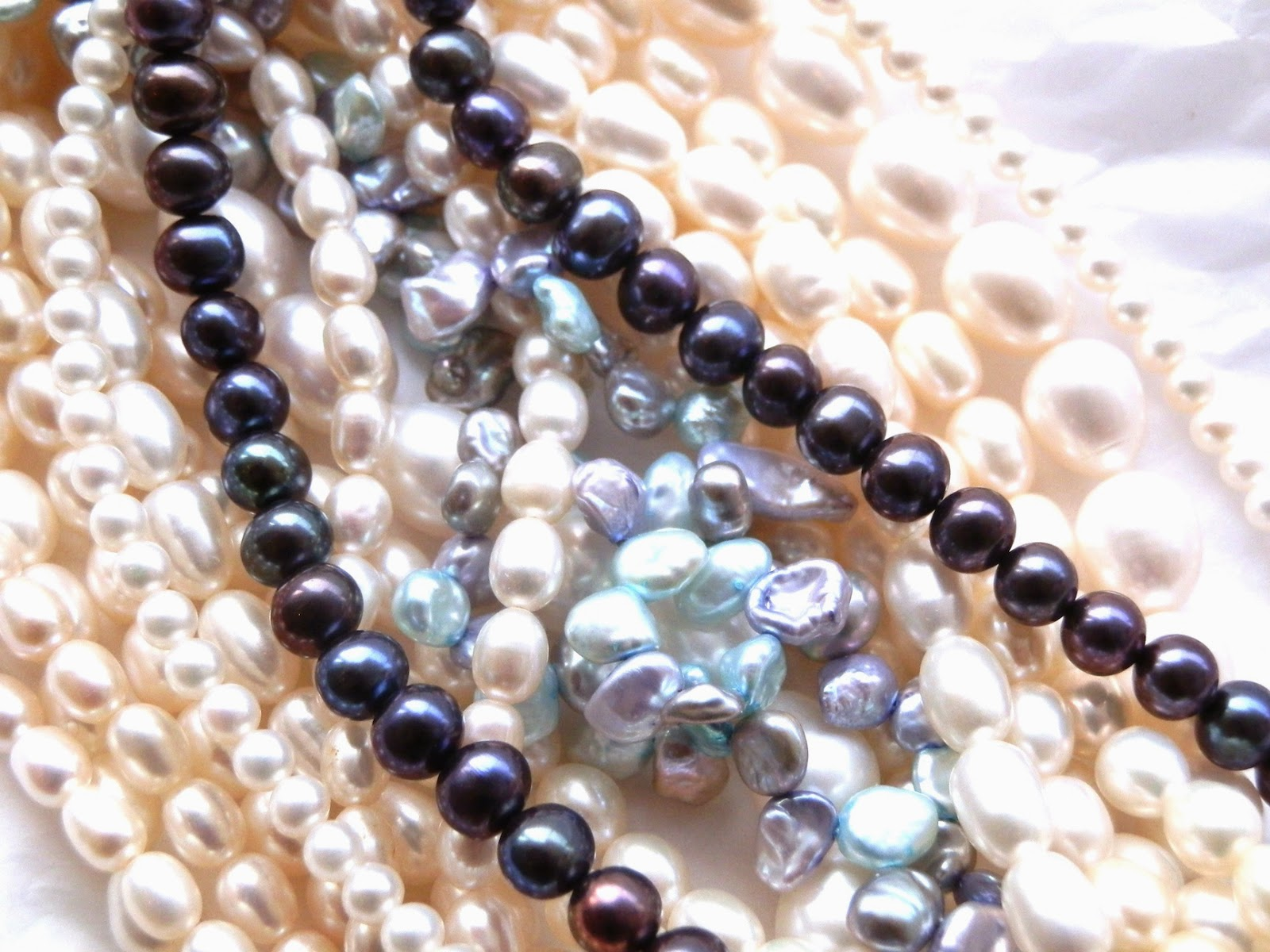 http://www.kirstytaylorjewellery.com/96-pearls