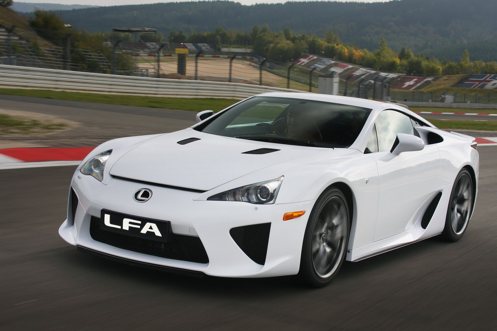 auto world lexus lfa. Black Bedroom Furniture Sets. Home Design Ideas
