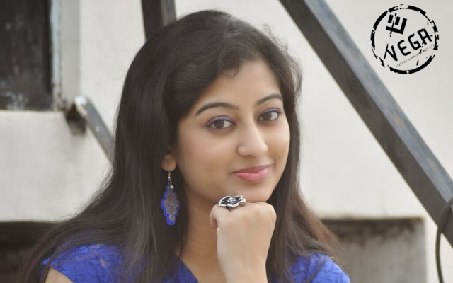 Actress Thanishka cute photos
