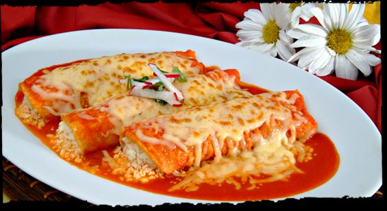 enchiladas suizas estilo xiva con chile seco