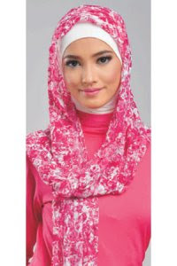 Elzatta Selendang Selma Mavasa - Marun Pink (Toko Jilbab dan Busana Muslimah Terbaru)