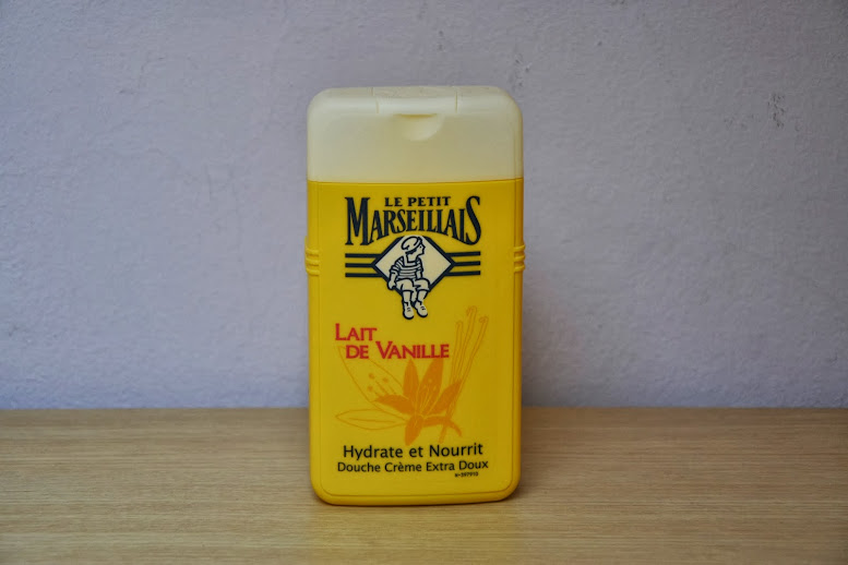 Review: Le Petit Marseillais Shower Gel in Lait de Vanille