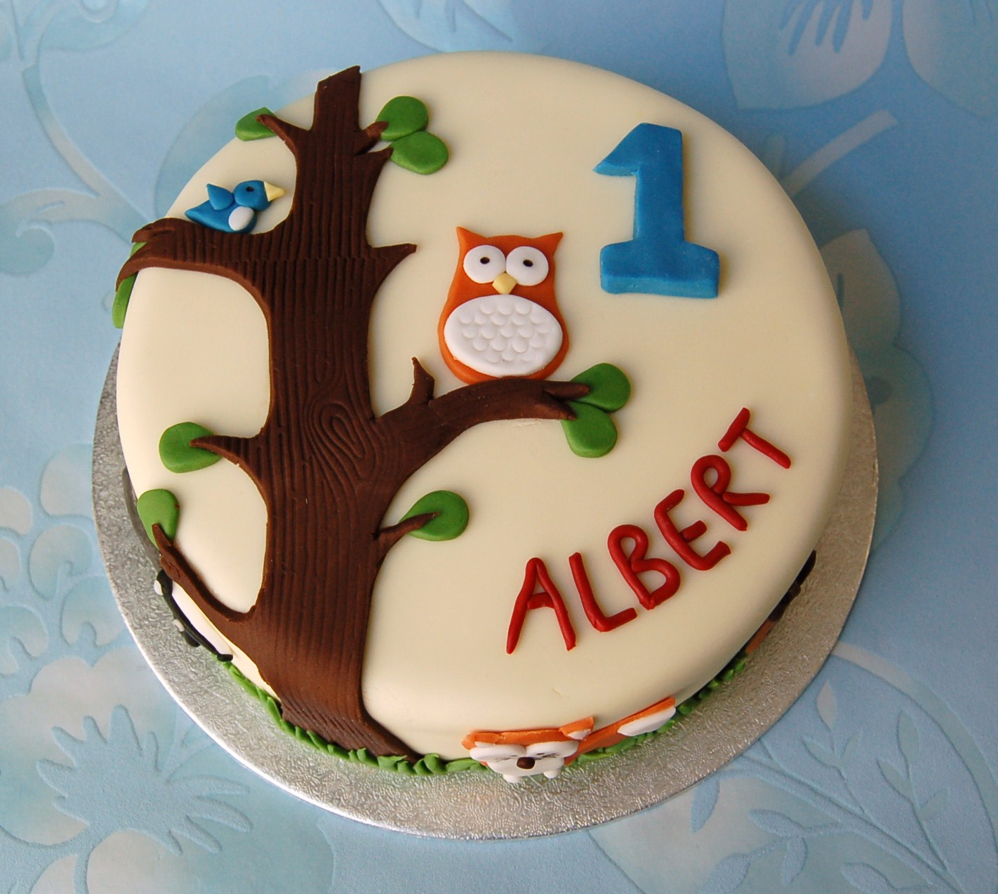 Brighton Baker Woodland Animal Cake