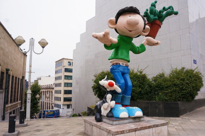 Bruxelles capitale de la bande dessin e louise grenadine for Bd du jardin botanique 50 1000 bruxelles