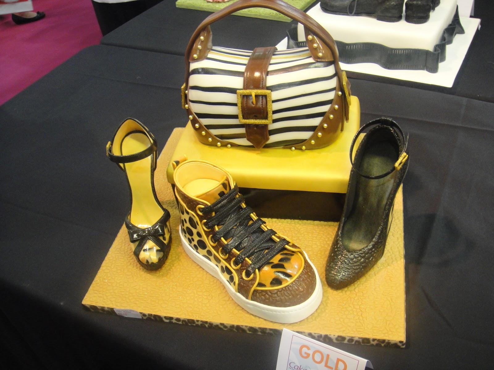 Cake Making Classes Wolverhampton : The more than occasional baker: Cake International 2012