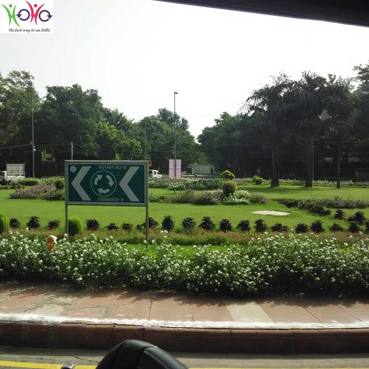 Roundabout in Central Delhi 1
