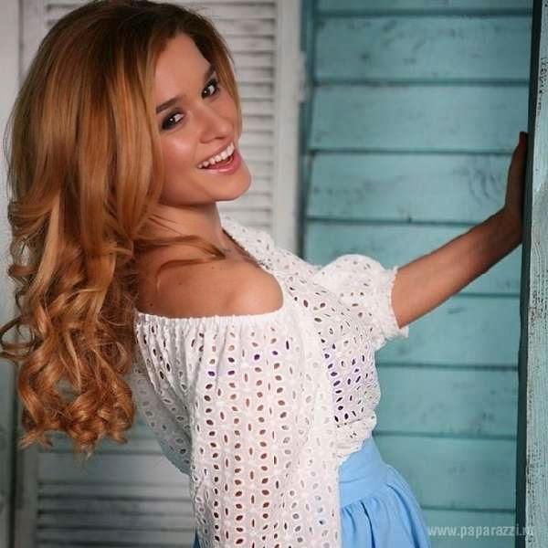 Kseniya Borodina sold country house