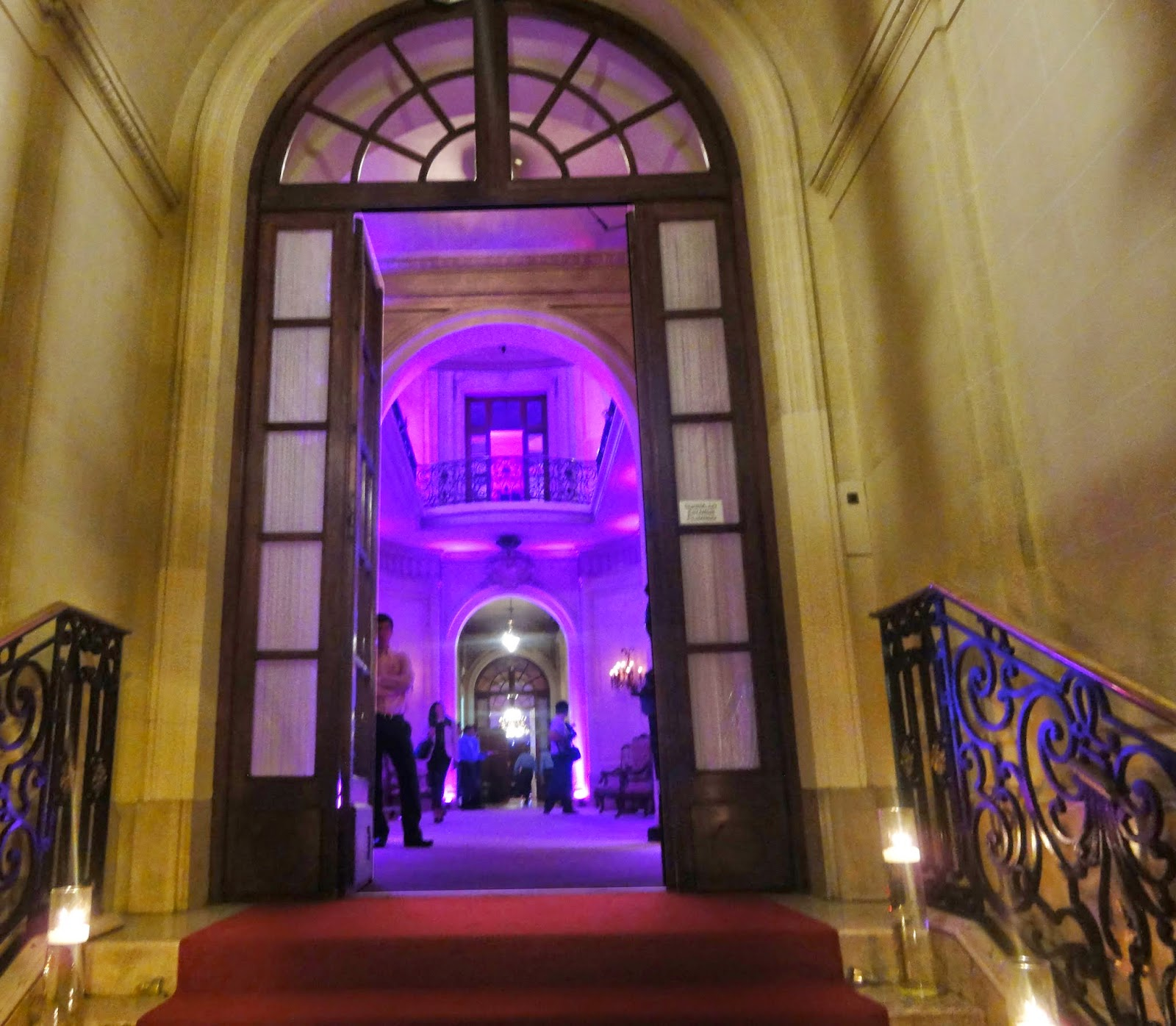 http://videosarq.blogspot.com.ar/2014/04/el-palacio-bencich-100-anos-reabre-sus.html