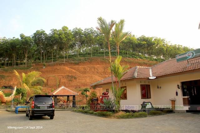 Nuansa Alami Perkebunan Karet - Agro Wisata Banaran 9 - Foto oleh Klikmg Fotografer Semarang